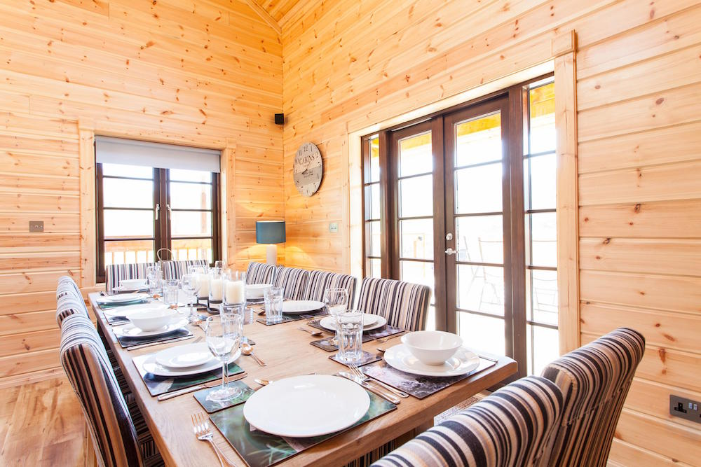Log Cabins Dining Room